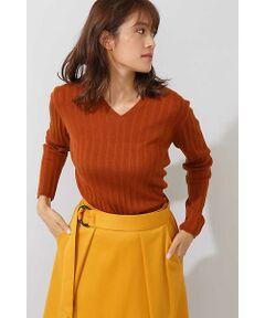 編立の衿でスッキリと襟腰を付けたデザインのインナー企画です。グレー=ラメ入り、ブラウン=ラメ無し、ブルー=ラメ入りです。カラーによって変化を付けています。インナーにも最適なサイズ感です。