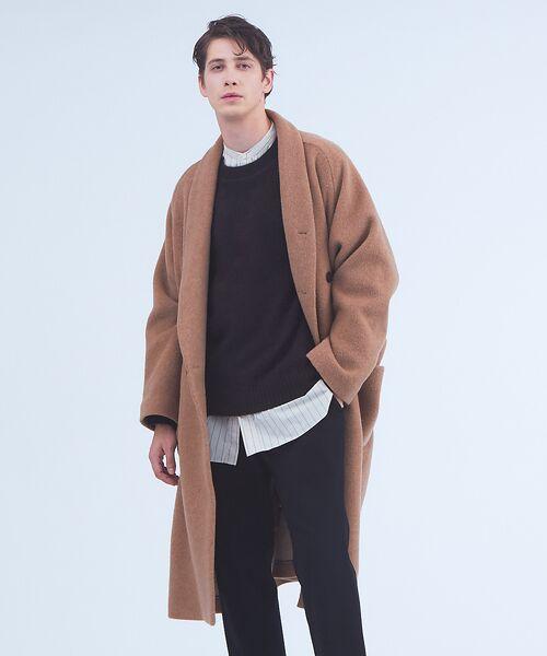 今季はこれを着こなしたい!アルパカ混のシャギー使用のオーバーサイズガウンコート。