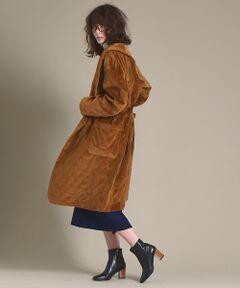 秋冬注目のベルベットをキルティングにしたガウンコートが登場しました。