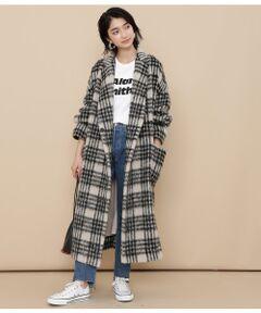 <b>大人気のモヘヤ混のやわらかなシャギー素材のオーバーサイズコートが新登場!</b></br></br>毎年大人気のモヘヤシャギー素材のコートに今年はゆったりと着れるサイズ感が可愛いオーバーサイズコートが登場◎ワイドなシルエットと長さのある着丈で羽織るだけで様になるアイテムです。ドロップショルダーのオーバーサイズ感が女性らしい華奢さを引き立ててくれます。<br><br>アーム周りがゆったりとしていて厚手のニットをインナーに着てもスムーズに着用頂け冬場のメインコートとして活躍すること間違いなし!フロントには大き目のスナップボタンがシンプルに付いていますが、前を閉じて同素材のベルトででローブのように着るスタイルもおすすめです。<br><br>※カラーにより組成が異なります。<br>(ブラック、イエロー)表地:毛48% アクリル18% モヘヤ17% ナイロン17% 裏地:ポリエステル100%(チェック)表地:毛48% アクリル21% ナイロン16% モヘヤ15% 裏地:ポリエステル100%<br><br>※画像の商品はサンプルです。お届けする商品に仕様・サイズ等の変更が生じる場合がございます。予めご了承ください。<br>※ロケ撮影画像は、光の当たり具合で色味が異なって見える場合がございます。商品の色味は、スタジオ撮影の画像をご参照ください。</br></br>石油系ドライクリーニング・ア漂白、タンブル乾燥、アイロン禁止