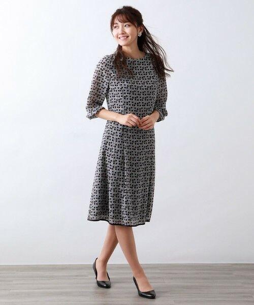AMACA / アマカ ロング・マキシ丈ワンピース   フレームプリントドレス   詳細1