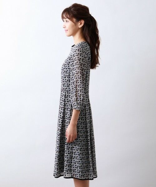 AMACA / アマカ ロング・マキシ丈ワンピース   フレームプリントドレス   詳細4