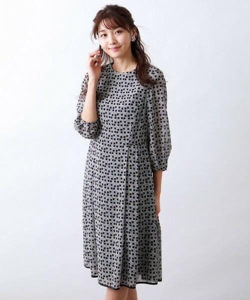 AMACA / アマカ ロング・マキシ丈ワンピース   フレームプリントドレス(ネイビー2)