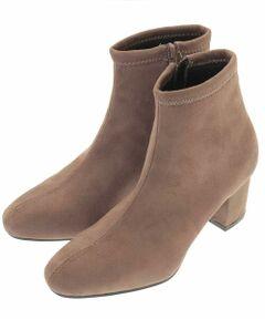 ◆ふんわりクッションがやみつきになる履き心地!◆<br><br>フェイクスエードのストレッチブーツ。<br>スクエアトゥに安定感のあるヒール、すっきりとした足首のデザインで足元をアップデート。<br>中敷きに低反発のクッションを使用しフィット感のある履き心地です。<br>屈曲性にも優れており、ラクチンな履き心地とすっきりとしたシルエットがやみつきになるブーツです。<br>同デザインのフェイクレザー:KS6AN13059<br><br>※屋外での撮影は色味が多少異なる場合がございます。<br>商品の色味は、スタジオ撮影の画像をご参照ください。