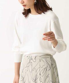 ◆シンプルながらに袖のシルエットがかわいい&華奢見えな優秀ニット◆<br><br>バナナスリーブの立体編みにこだわった、春ニットプルオーバー<br> 軽い素材で、シワになりにくく、<br> デイリーにこなしやすいデザインは、<br> 春のマストアイテムとして一押し◎<br><br>■デザイン<br> 立体編みにすることで、袖のパフスリーブ感は表現しつつも、<br> 着用した際にもたつかずにすっきり見えます。<br> 身頃部分はすっきりしながらも、体にはりつかないデザインが◎<br> トレンドカラーの大人かわいいシンプルニットは、<br> デイリーに着回せて、春のマストアイテムです。<br><br> ■素材<br> さらっとした素材感なので、春〜夏まで長く着用いただけます。<br><br> ■おすすめコーディネート<br> アンサンブルしていただける、同素材のVネックカーディガンを、<br> ゆるっと羽織って抜け感を出したり、<br> 肩からかけたスタイルもおすすめです。<br> 暖かくなったら、1枚で着た際に袖をタックアップすると<br> パフスリーブがくしゅっとしてこなれ感が出て素敵です◎ <br><br><br><br>【スタッフ着用コメント】<br>身長:154cm/体型:普通/普段サイズ:M/着用サイズ:M<br>*サイズ感:裾はおしりにかかるくらいで、<br>袖はちょうどいい7分丈。 <br>*素材感:さらっとしていてこれからの季節によさそうです。<br>白は透け感がどうしてもあるので、<br>白のカップ付きキャミソールなどをインナーにしてます。<br>編地自体はゆるくなくしっかりしているので<br>形がきれいです! <br>*着用感:バナナスリーブの形がとにかくかわいいです!<br>腕を伸ばしたときも、動かしたときも<br>肘あたりがくしゅっとして可愛いなと思いました。<br><br> 同素材カーディガン:K2CGM11039