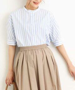 ◆毎年欲しくなるストライプブラウスはパール調釦でアップデート◆<br><br>春のパール釦ブラウスがご好評につき<br>夏バージョンが登場しました!<br>袖丈は夏も着やすい丈感に。<br>カジュアルになり過ぎないように、<br>ドロップショルダーで女性らしいシルエットに。<br>パール釦が上品な印象。<br>前裾をタックインしたり、<br>ジャンスカ合わせもおすすめです。