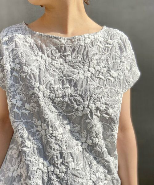 BEARDSLEY / ビアズリー カットソー | 《3サイズ展開》フロント刺繍フレンチカットソー(ライトグレー)