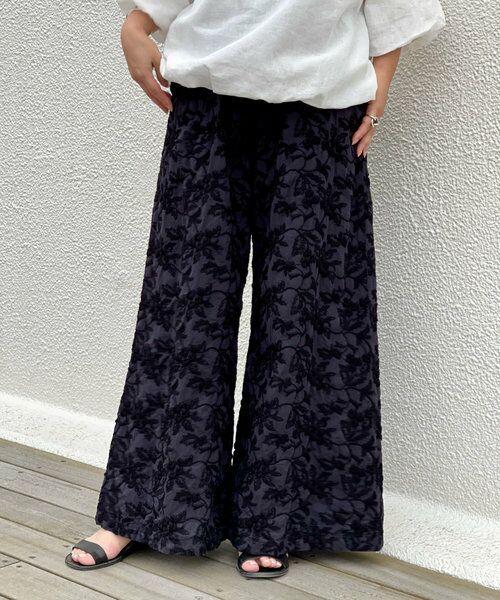 BEARDSLEY / ビアズリー その他パンツ   刺繍バギーパンツ(ブラック)