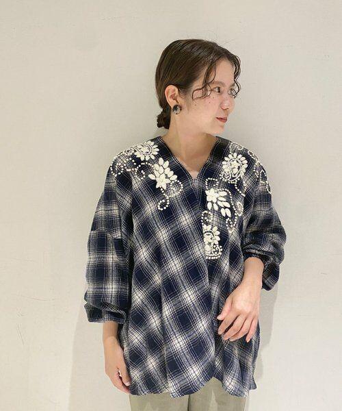 BEARDSLEY / ビアズリー シャツ・ブラウス | ウールチェックハンド刺繍ブラウス | 詳細19