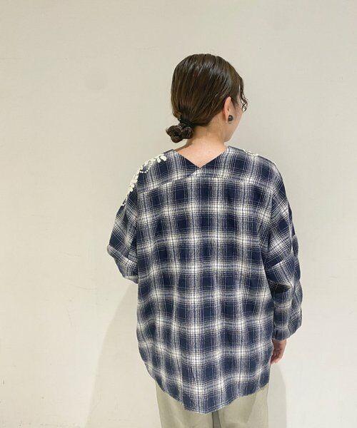 BEARDSLEY / ビアズリー シャツ・ブラウス | ウールチェックハンド刺繍ブラウス | 詳細20