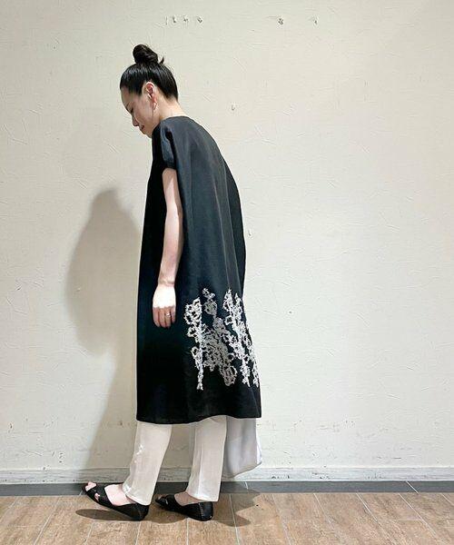 BEARDSLEY / ビアズリー ニット・セーター | 後ろ裾刺繍チュニック(ブラック)
