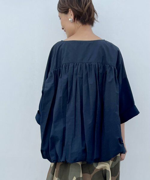 BEARDSLEY / ビアズリー カットソー | ウシロプックリTシャツ(ネイビー)