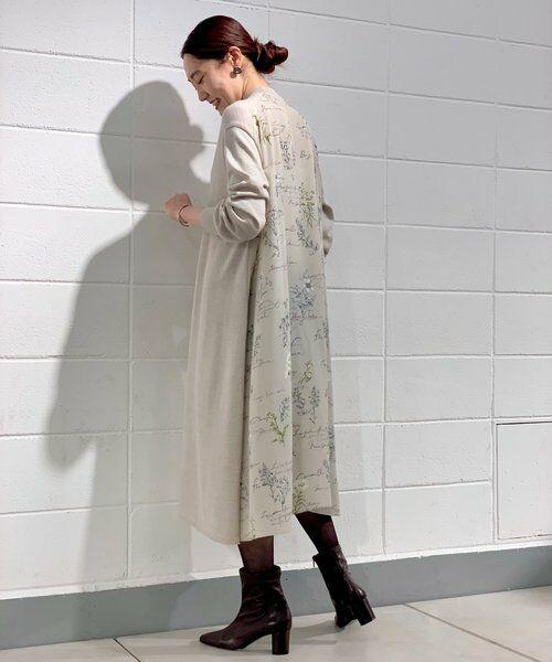 BEARDSLEY / ビアズリー ロング・マキシ丈ワンピース | 《ライブで紹介》ウシロ花プリントワンピース | 詳細4