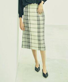 <br /><br />【Design/Styling】<br>チェック柄のレースを使用したタイトスカート。<br>シルエットはシンプルで大人っぽく、春夏らしいカラーで展開しました。<br>デイリーはもちろん、きちんと感を出したいシーンにピッタリなスカートです。<br><br>【Fabric】<br>柔らかくて良い風合いを出しており、より手触りの良いレース素材を使用しています。<br><br><br /><br /><br><br>※この商品はサンプルでの撮影を行っています。<br>実際の商品とイメージ、サイズ、品質表示、原産国等が異なる場合がございます。<br /><br /><br><br>※店頭及び屋外での撮影画像は、光の当たり具合で色味が違って見える場合があります。商品の色味は、スタジオ撮影の画像をご参照ください。<br /><br /><br>モデル:H172 B75 W60 H83 着用サイズ:M