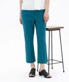 <br /><br /><br>【CAST:キャストコロン 2021年春夏アイテム】<br><br>【Design】<br>裾に向かって程良くきれいな広がりを出したフレアシルエットパンツ。<br>足がきれいに長く見えるシルエットが特徴です。<br>フラットシューズでもヒールでもバランスがとりやすい丈になっています。<br>ストレッチ性があり、ドライタッチな素材なので、夏に履くパンツとしてピッタリのアイテムです。<br>*ウエスト履き込みジャストウエスト設定です。<br><br>【Fabric】<br>タテ糸にドライタッチでシルキーなトリアセテート、ヨコ糸に綿麻混紡糸とポリエステル糸を使用した綺麗めナチュラル素材です。<br>適度な肉感にこだわり、天然感を残しながらも上品で清涼感のある素材に仕上げています。<br>トリアセテートならではの発色性の良さや、ケアのしやすさが特徴の素材です。<br>麻特有のフシが混在する場合がありますが、天然素材ならではの風合いをお楽しみください。<br><br>【Styling】<br>程よいフレアー感が新鮮なクロップドパンツ、トップスを合わせやすいデザインも嬉しいポイントです。<br><br><br>●洗濯:手洗い可<br /><br /><br><br>※この商品はサンプルでの撮影を行っています。<br>実際の商品とイメージ、サイズ、品質表示、原産国等が異なる場合がございます。<br /><br /><br><br>※店頭及び屋外での撮影画像は、光の当たり具合で色味が違って見える場合があります。商品の色味は、スタジオ撮影の画像をご参照ください。