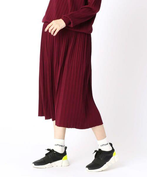 COMME CA BLANC D'OEUF / コムサブロンドオフ ロング・マキシ丈スカート   (マタニティ)アコーディオンプリーツ スカート(バーガンディ)
