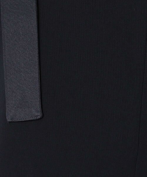 COMME CA BLANC D'OEUF / コムサブロンドオフ マタニティウェア   〔マタニティ〕ストレッチポンチ裏起毛サロペットドレス   詳細10