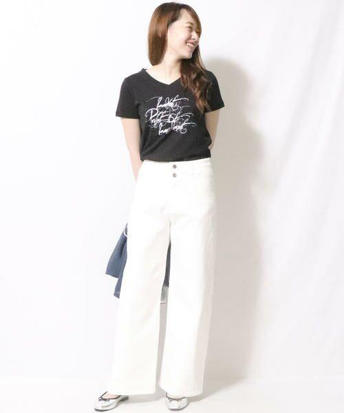 COMME CA ISM / コムサイズム Tシャツ   メッセージプリント Vネック Tシャツ   詳細2