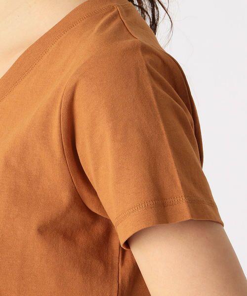 COMME CA ISM / コムサイズム Tシャツ   メッセージプリント Vネック Tシャツ   詳細8