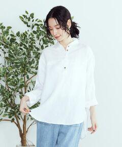 ◆ ONIGIRI(おにぎり)の リネンミックス スキッパーシャツ ◆<br><br>《素材》<br>やわらかく、しなやかな風合いと、肌触りのよさが特徴のリネン・レーヨン素材。<br>麻ならではのシャリ感でナチュラルな印象を持たせながらも、<br>レーヨンの落ち感と程よい光沢感が、上品な印象です。<br>味わいのある麻の風合いを楽しめます。<br><br>《デザイン》<br>前に切り替えが入った、ゆったりシルエットのスキッパーシャツ。<br>後ろ丈が長いラウンドヘムで、ヒップ周りをさりげなくカバー。<br>麻とレーヨンの素材感も相まって、さわやかなイメージもプラス。