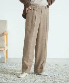 ◆ ONIGIRI(おにぎり)の コットンウール ワイドパンツ ◆<br><br>《素材》<br>温かみがありながら、さらっとした着心地のウール混サキソニー素材。<br>柔らかい、微起毛感があり、<br>ミックス調の糸を織り込み優しい印象に仕上げております。<br>ご家庭で洗濯機でのお洗濯が可能。<br><br>《デザイン》<br>温かい素材に裏地付きで履き心地の良いワイドパンツ。<br>フロントタックとセンタープレス加工できちんと感を出しつつ<br>ストレートシルエットで脚をキレイに見せてくれます。<br>トップスをインでもアウトにしてもサマになるスタイリングが出来ます。