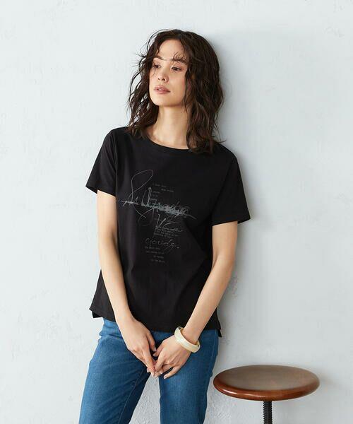 COMME CA ISM / コムサイズム Tシャツ | 《コットン》 クルーネック プリントTシャツ(ブラック)