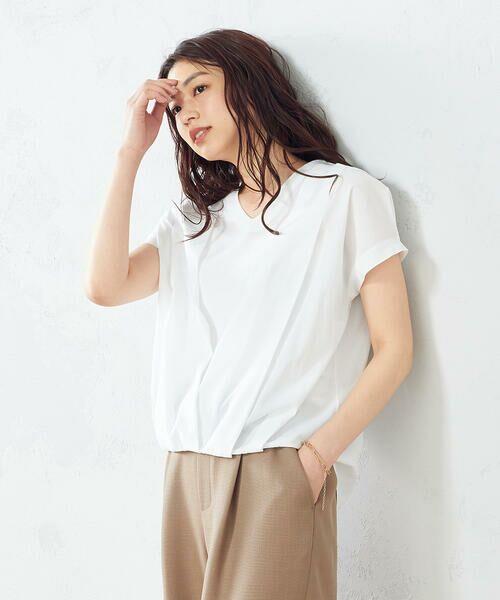 COMME CA ISM / コムサイズム シャツ・ブラウス   タック 半袖ブラウス(ホワイト)