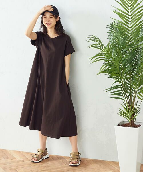 COMME CA ISM / コムサイズム ロング・マキシ丈ワンピース | Tシャツ ワンピース(ダークブラウン)