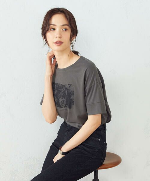 COMME CA ISM / コムサイズム Tシャツ   フォトプリント Tシャツ   詳細3
