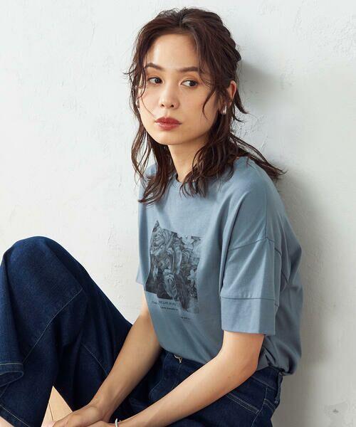 COMME CA ISM / コムサイズム Tシャツ   フォトプリント Tシャツ(ターコイズ)