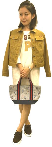 カジュアルになりがちなカットソーチュニックをワンピース風に着こなしてなカラシ色のデニムブルゾンを羽織ったら綺麗めカジュアルの出来上がり!!