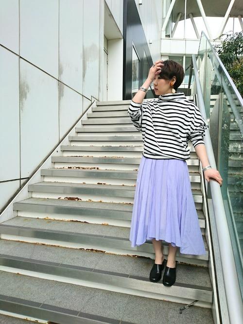 【軽くて軽やかな、春らしいシフォンスカート】 アシンメトリーデザインで、モードな着こなしを  モデル:158㎝