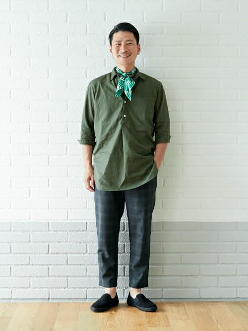 5281ed42612820 green label relaxingスタッフのTシャツを使ったメンズファッションコーディネート | NO: