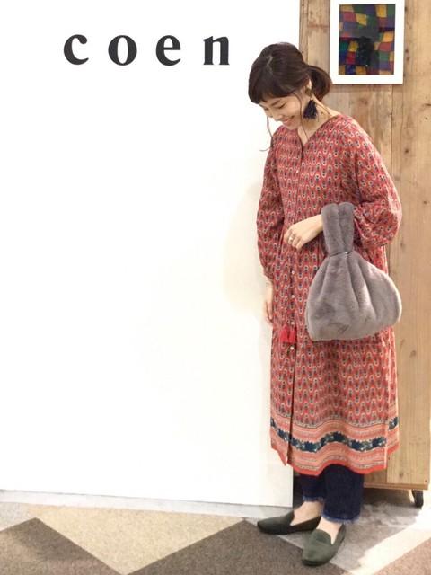 新作のワンピース着てみました。前を開けて羽織にしても可愛い万能ワンピースです。  モデル身長:160~164cm
