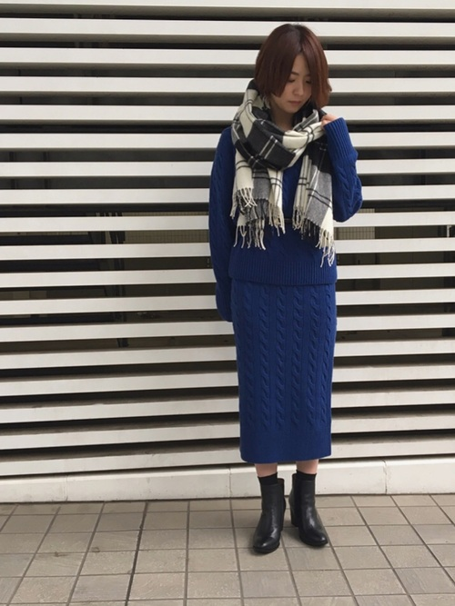 何を着ようか悩む今の時期にぴったりな ニットのセットアップ  簡単なのにお洒落に決まります☺︎   161cm
