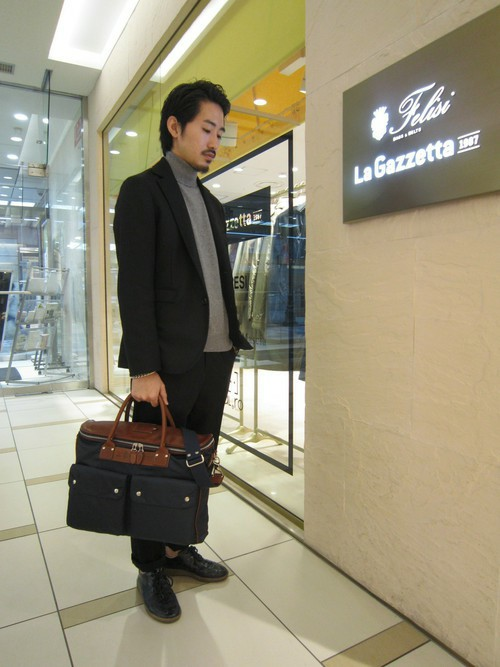 ビジネスバッグを使ったメンズコーデ | Felisi