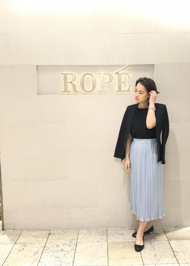 スカートを使ったレディースコーデ | ROPE'