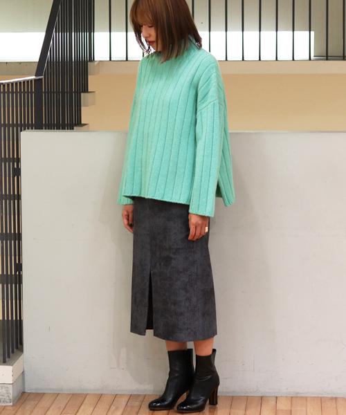 ニット・セーターを使ったレディースコーデ | TOMORROWLAND
