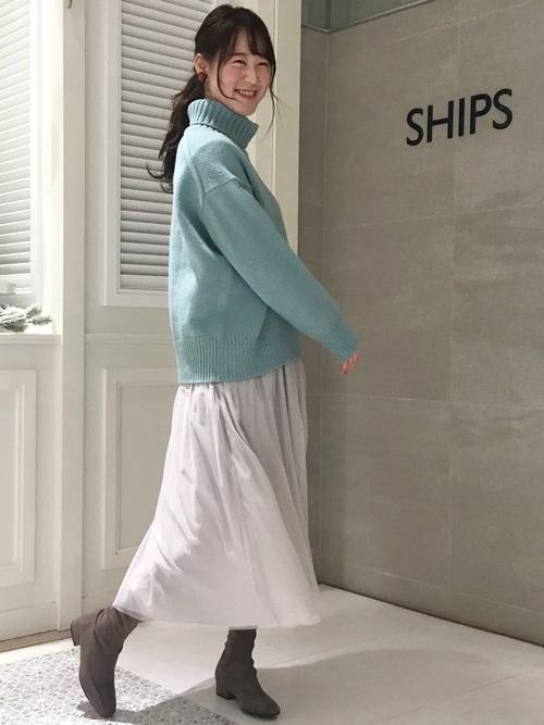 淡いカラー合わせで春を先取り。リバーシブルで使えるスカートは長めの丈感で今年らしい一枚です。  モデル:168㎝