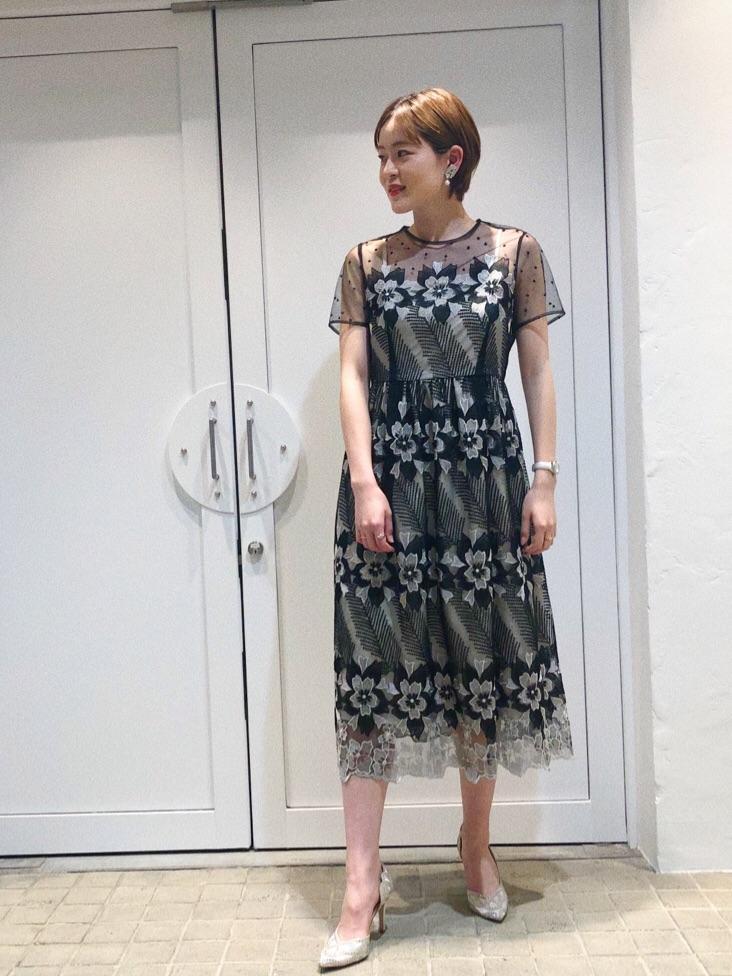 ドレスを使ったレディースコーデ   GRACE CONTINENTAL
