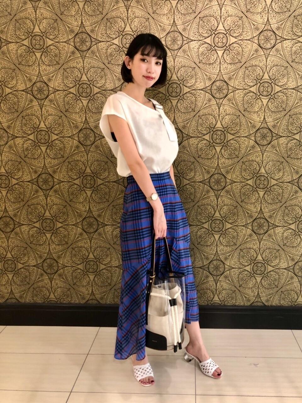 ミニ・ひざ丈スカートを使ったレディースコーデ | GRACE CONTINENTAL