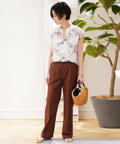 99413f7a6f04 TOMORROWLANDスタッフのシャツ・ブラウスを使ったレディースファッションコーディネート | NO:36911