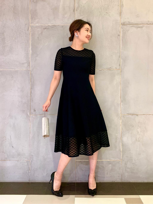 ラインの綺麗なニットドレス。着やすさもあり、袖付きなので秋冬のパーティーにオススメです♪  H:166