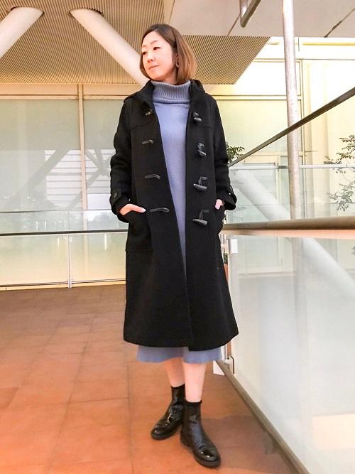 着丈が長めのダッフルコート。 大人カジュアルな着こなしができるのでおススメです。   玉川高島屋ショッピングセンター  MODEL:H170cm