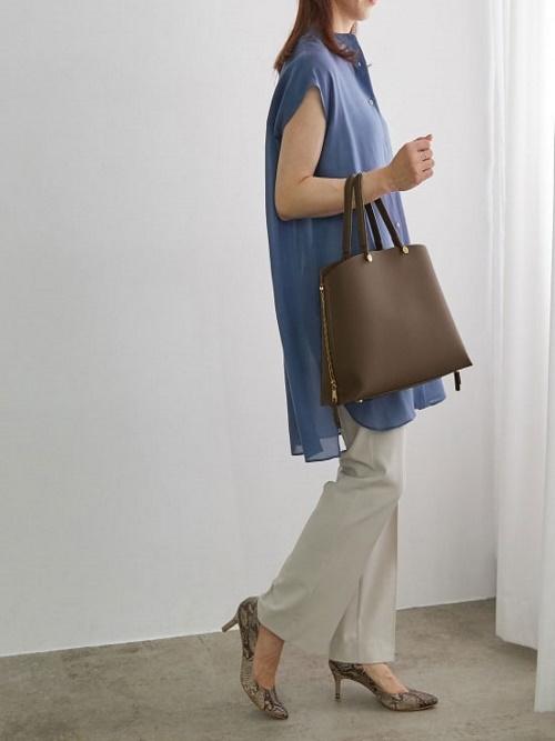 おすすめのきちんと見えバッグ!ONはもちろんOFFスタイルにも合わせやすいです!
