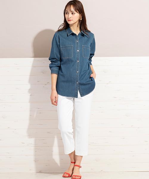 毎年人気のデニムシャツがリニューアルして今年も登場!やや薄手のストレッチの効いたライトオンスデニムをサッと羽織って着こなして。 ◆大きいサイズ◆model:173cm