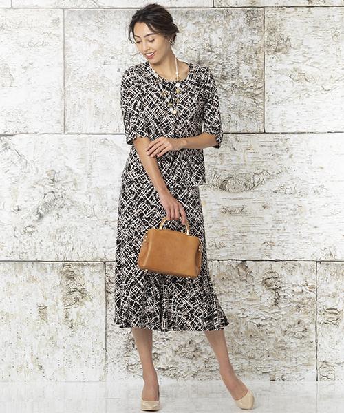 【リリアンビューティ】Lサイズ エレガントな着こなしもカットソーで着心地よく。カットソー+スカートを同素材でお作りしているのでセットアップでワンピース見えする上品アイテム。モデル身長:175cm