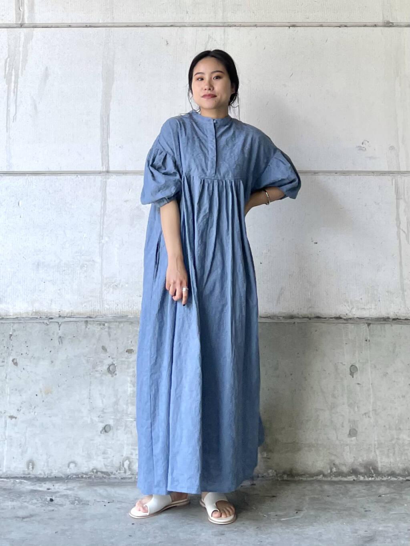 ボリューム&ペイズリー柄が可愛いワンピース! 1枚着で完成するアイテムです◎ メリハリを出したい方は、袖をまくったり、ウエストをベルトで絞る着こなしもおすすめです!