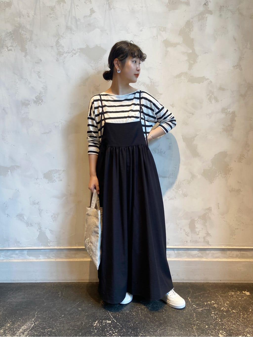 ロング・マキシ丈スカートを使ったレディースコーデ | BEARDSLEY