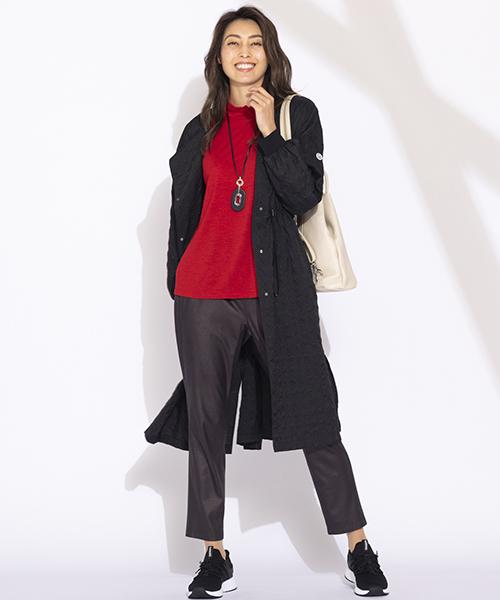 【リリアンビューティ】Lサイズ レングス長めのデザインでも素材感は軽やかでスリットの入ったデザイン。薄手のTシャツの上に羽織ったり、秋が深まってくればパーカーライクなカットソーでカジュアルダウンしてスポーティな着こなしもおすすめです。